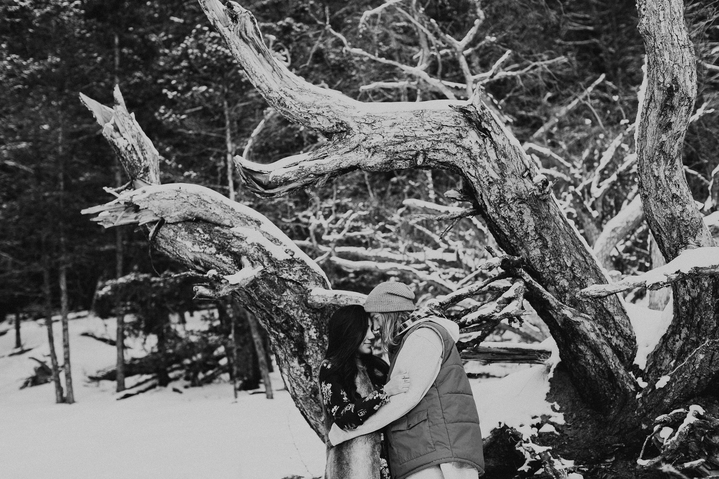 Banff Engagement Photographer - Winter Mountain Adventure Engagement Session - Michelle Larmand Photography-076