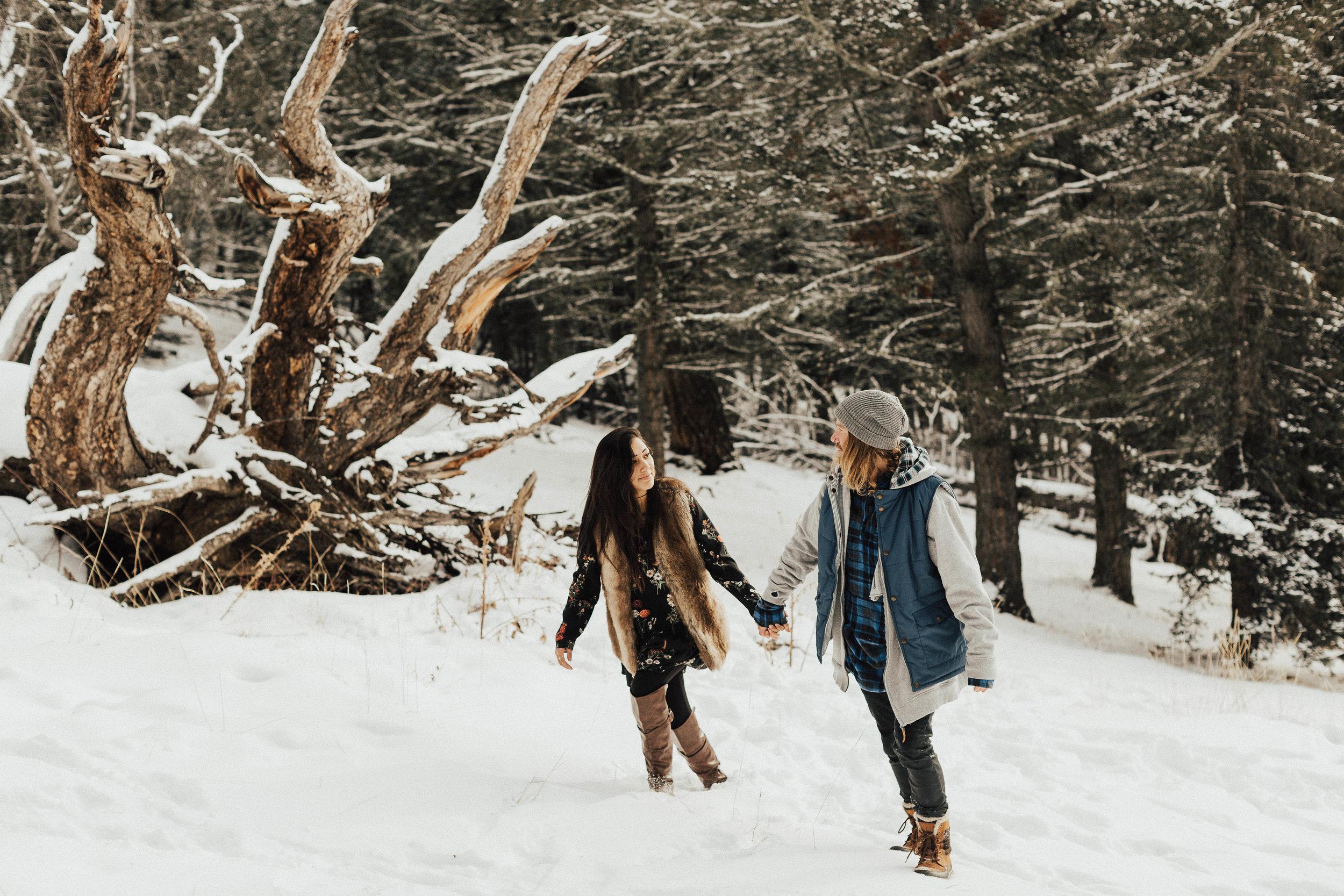 Banff Engagement Photographer - Winter Mountain Adventure Engagement Session - Michelle Larmand Photography-077