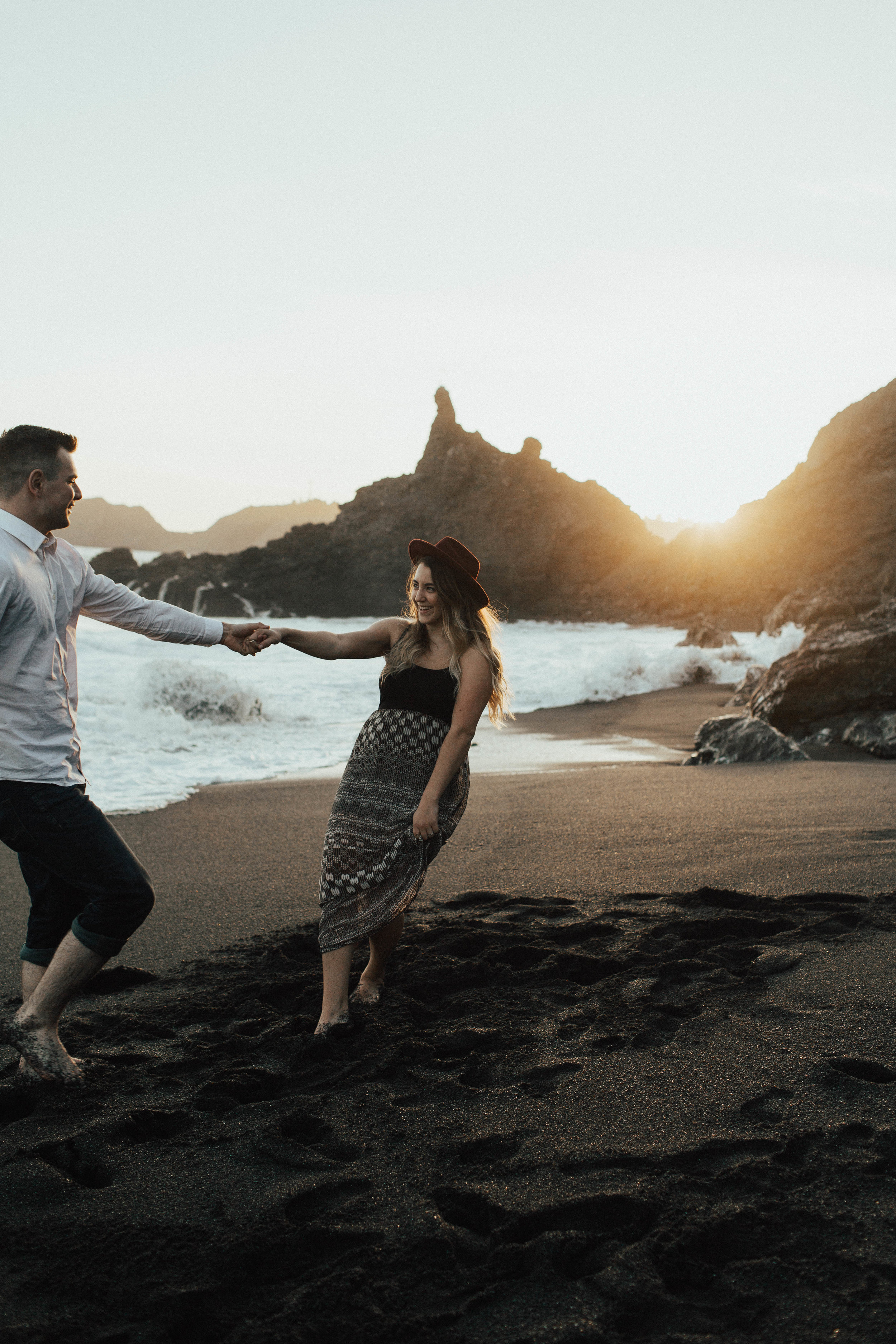 Black Sands Beach Couples Session - Michelle Larmand Photography020