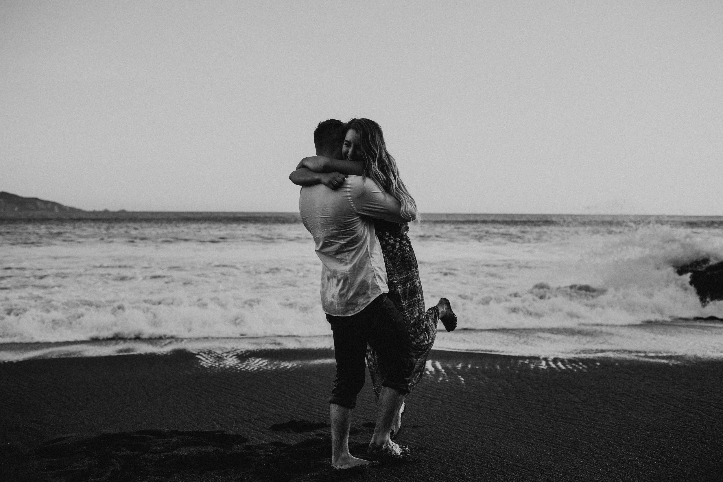 Black Sands Beach Couples Session - Michelle Larmand Photography022