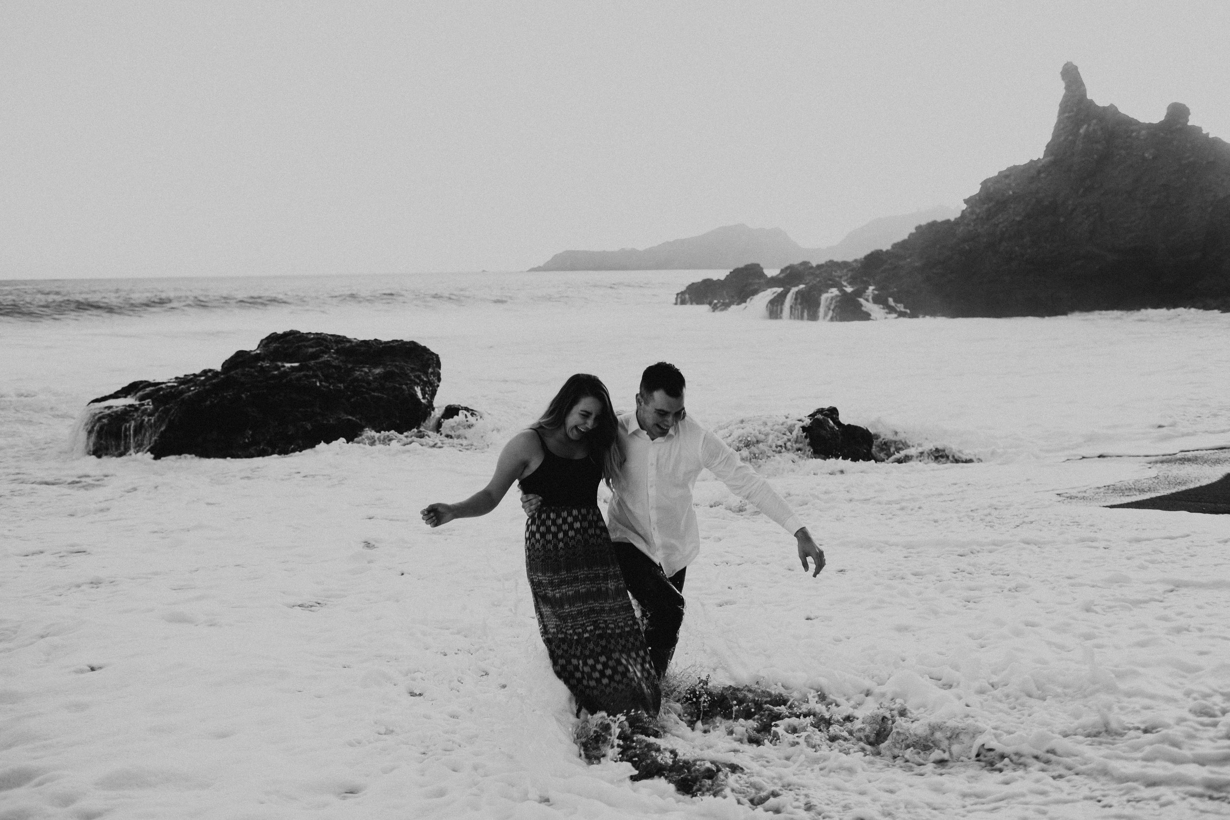 Black Sands Beach Couples Session - Michelle Larmand Photography034