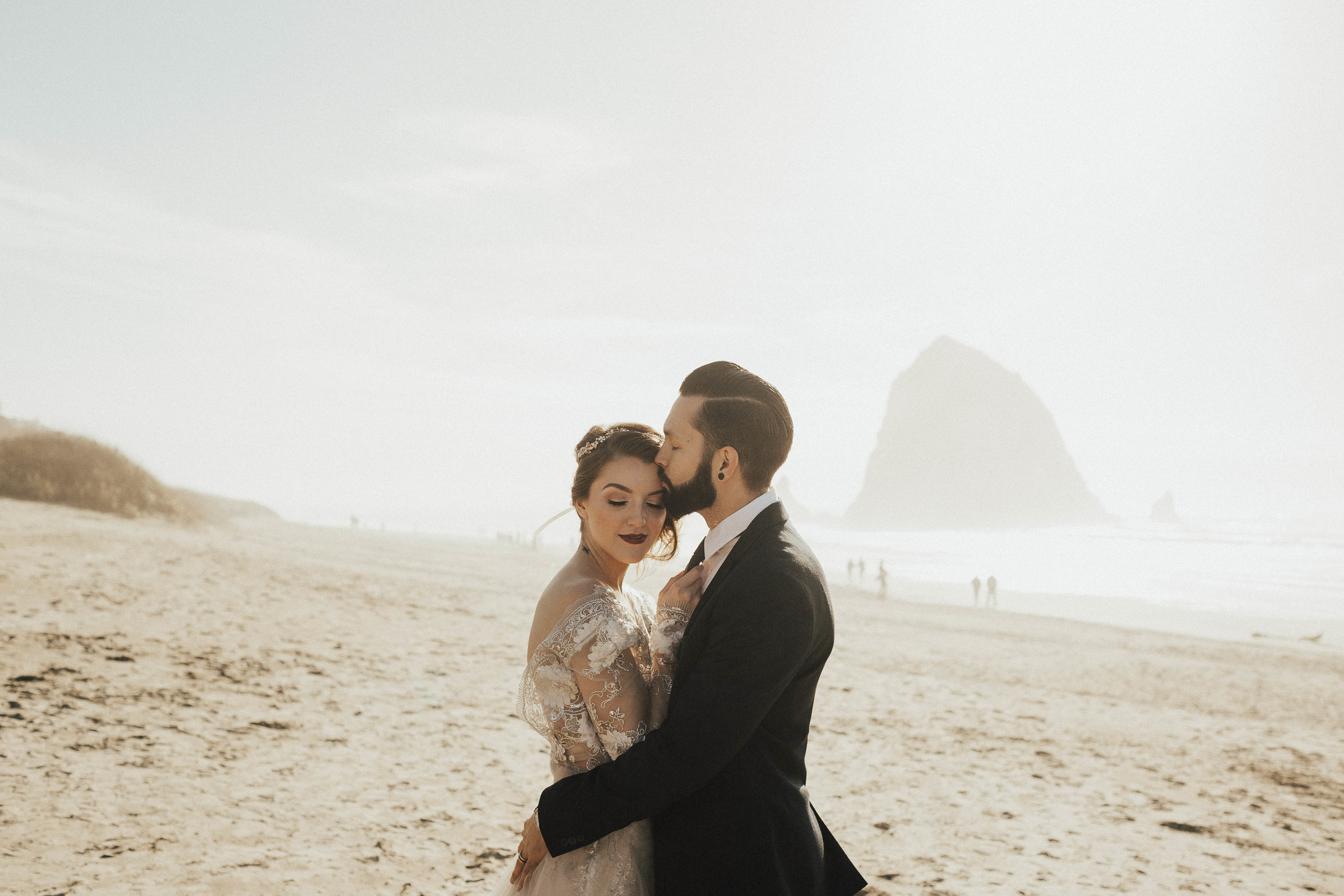 Cannon Beach Elopement - Michelle Larmand Photography - 043