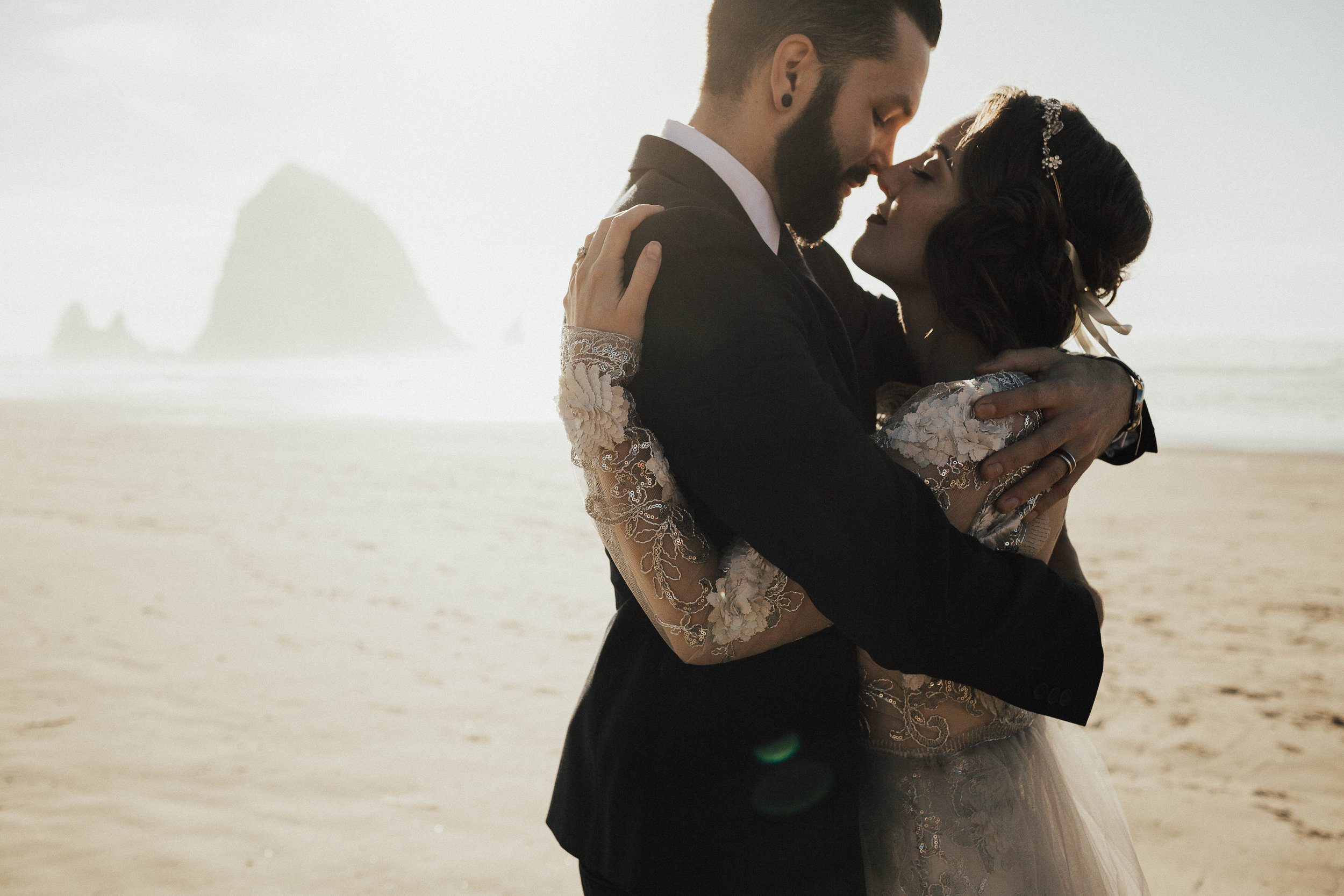 Cannon Beach Elopement - Michelle Larmand Photography - 045