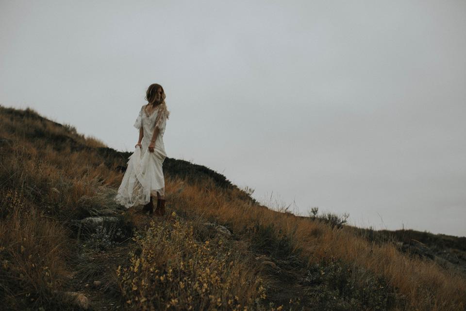 Drumheller Vow Renewal Elopement - Michelle Larmand Photography077