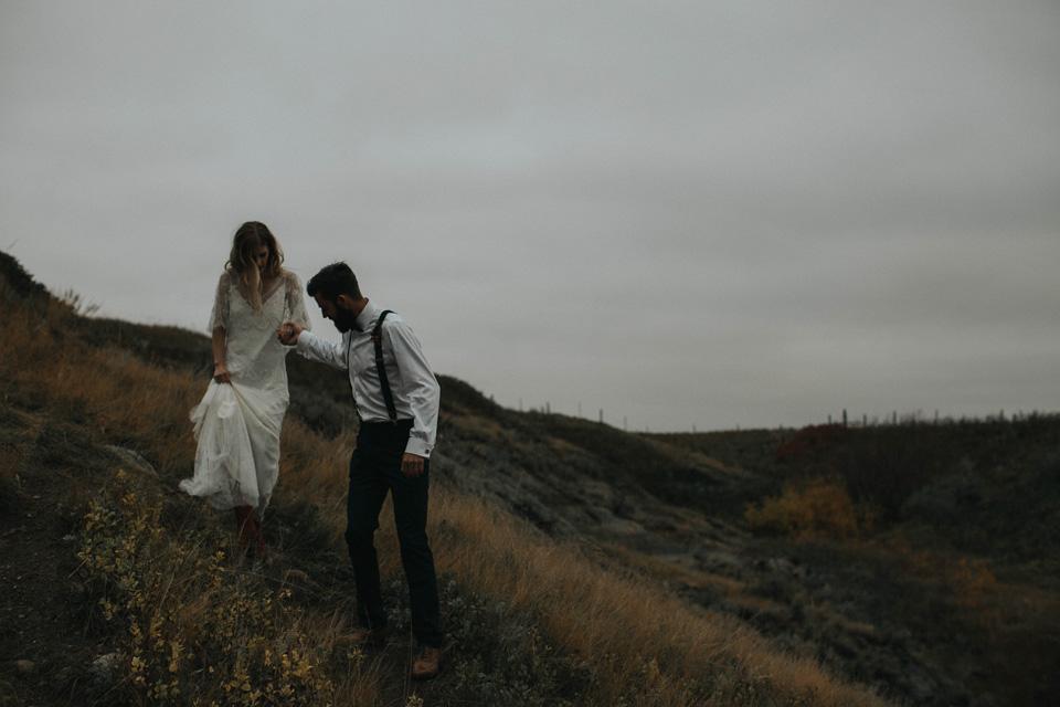 Drumheller Vow Renewal Elopement - Michelle Larmand Photography078