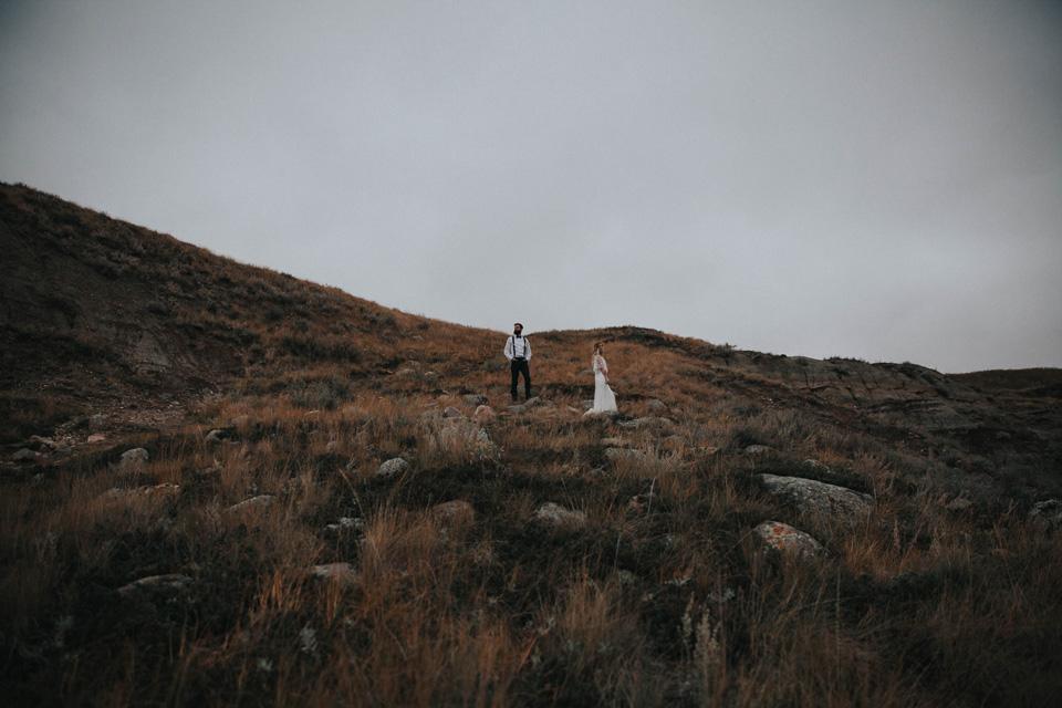 Drumheller Vow Renewal Elopement - Michelle Larmand Photography085