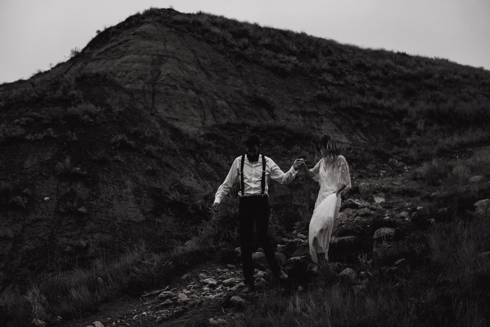 Drumheller Vow Renewal Elopement - Michelle Larmand Photography087