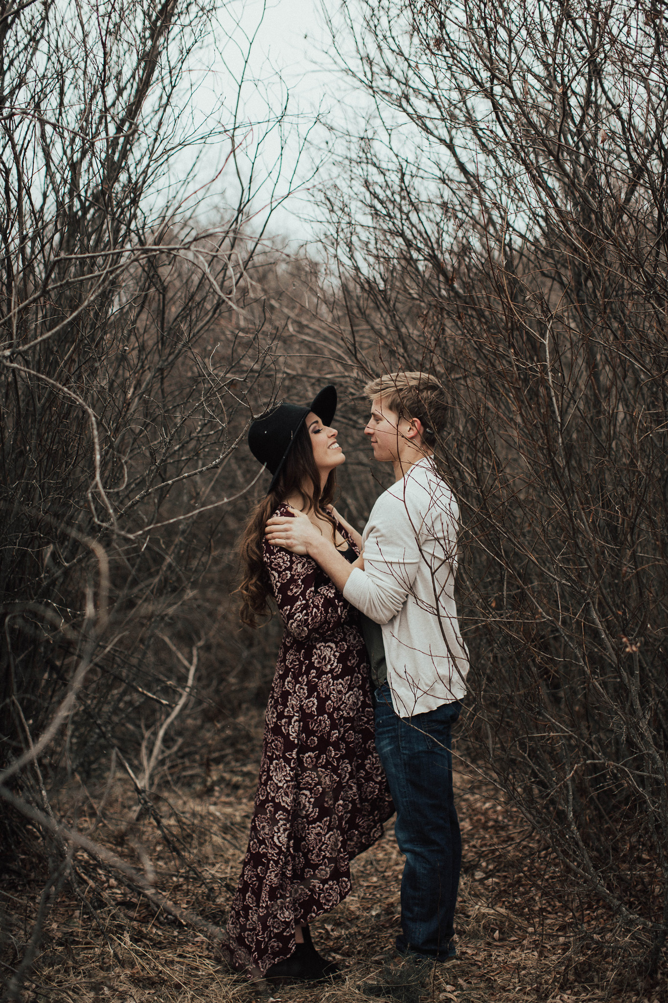 Edmonton Engagement Photographer - Michelle Larmand Photography - Mossy woods engagement session019