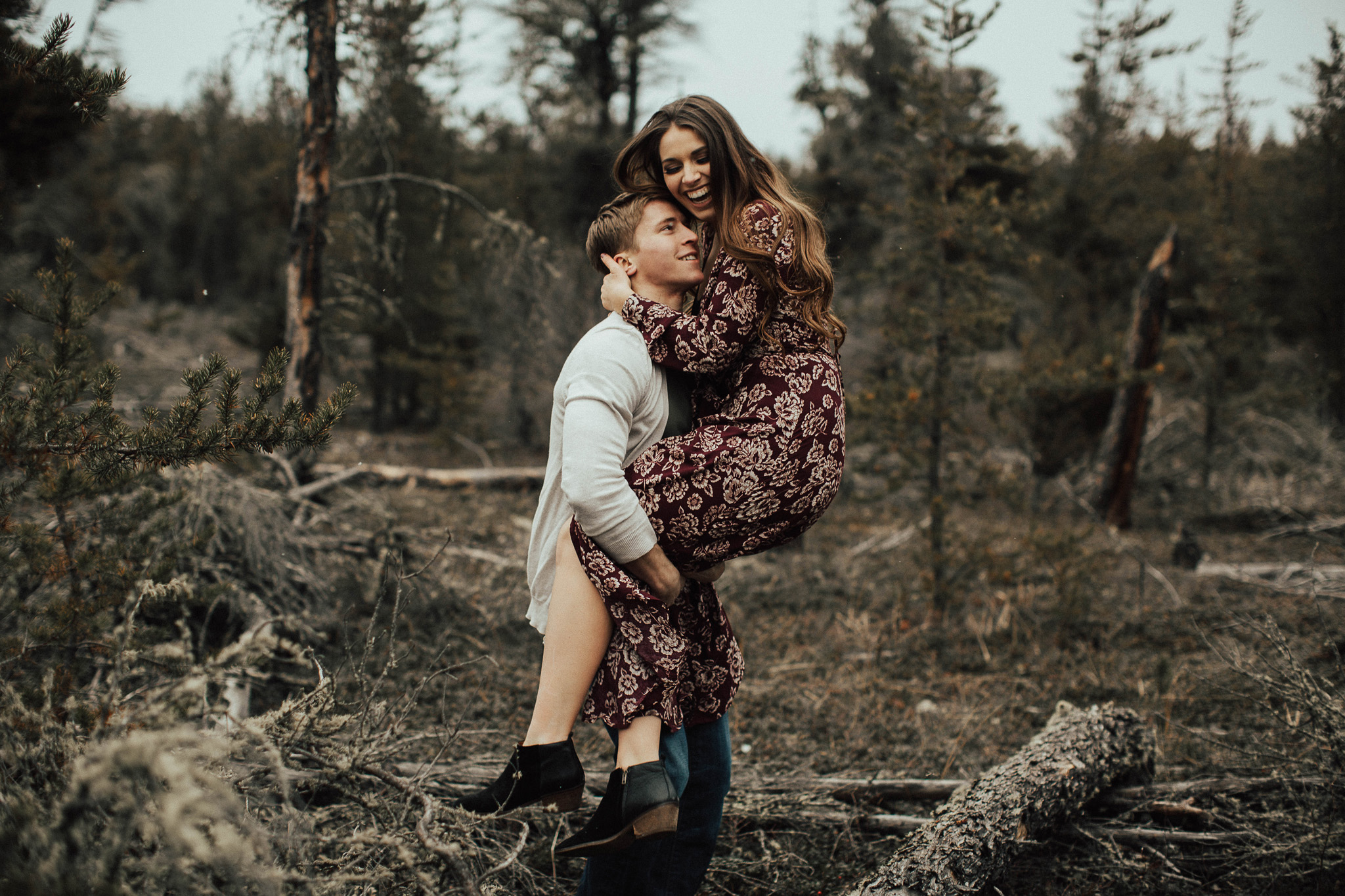 Edmonton Engagement Photographer - Michelle Larmand Photography - Mossy woods engagement session049