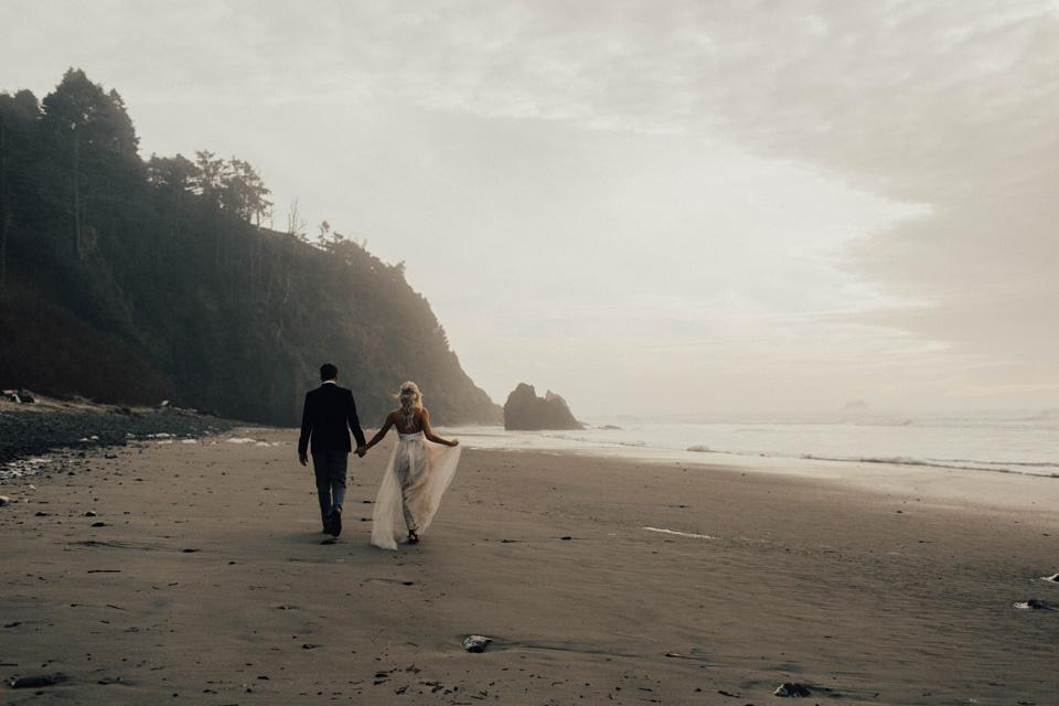 Hug Point Oregon Elopement - Michelle Larmand Photography -006
