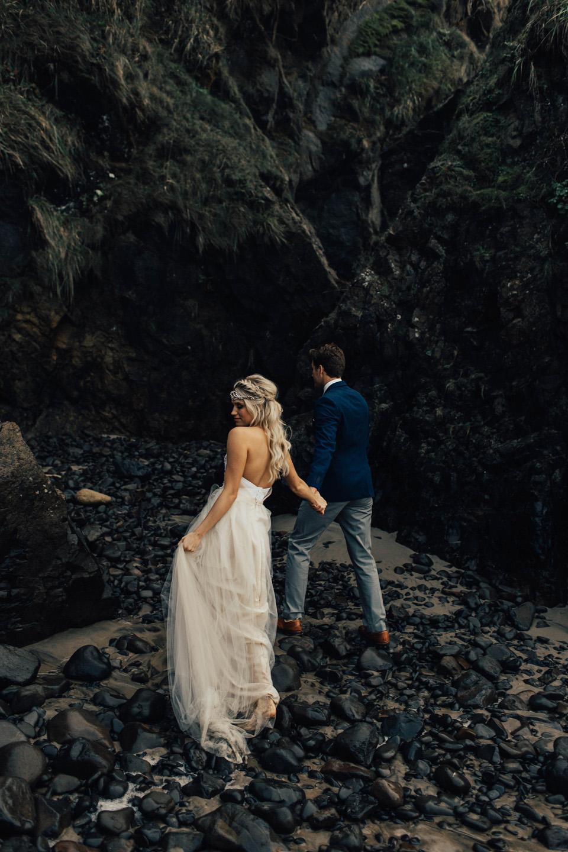 Hug Point Oregon Elopement - Michelle Larmand Photography -031