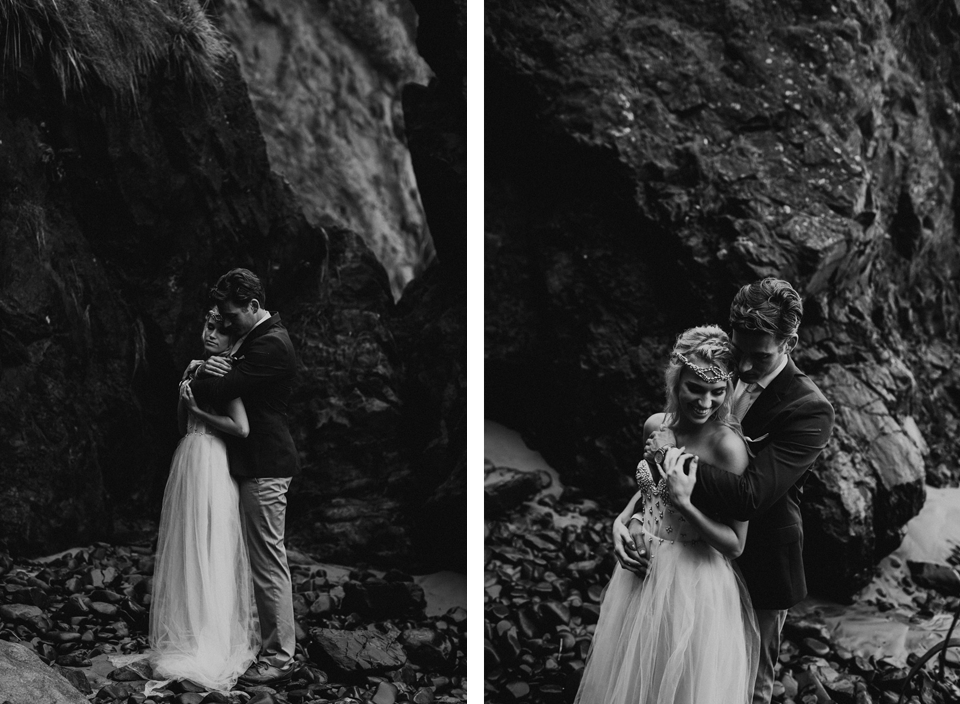 Hug Point Oregon Elopement - Michelle Larmand Photography -034