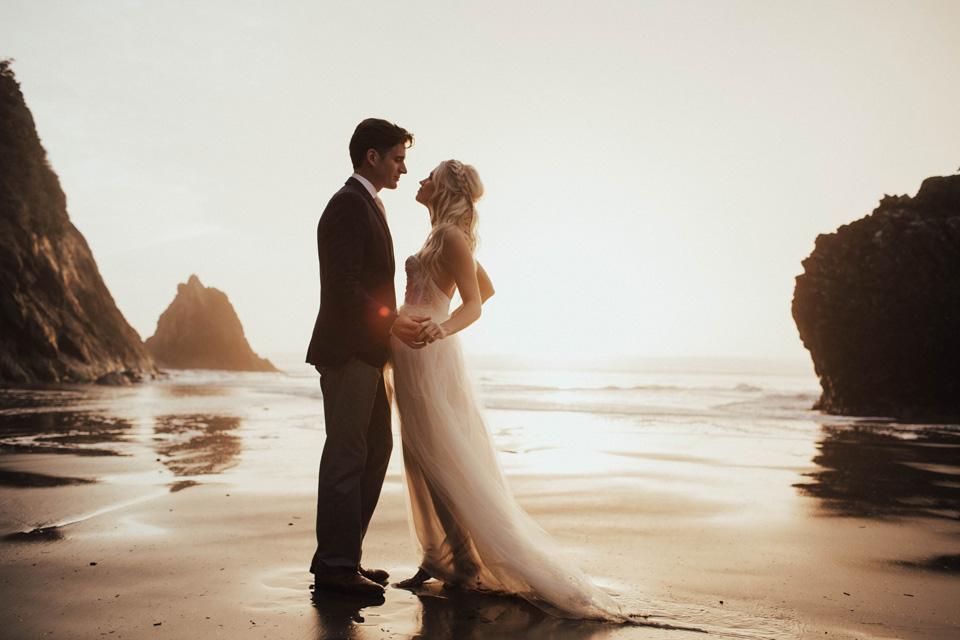 Hug Point Oregon Elopement - Michelle Larmand Photography -050