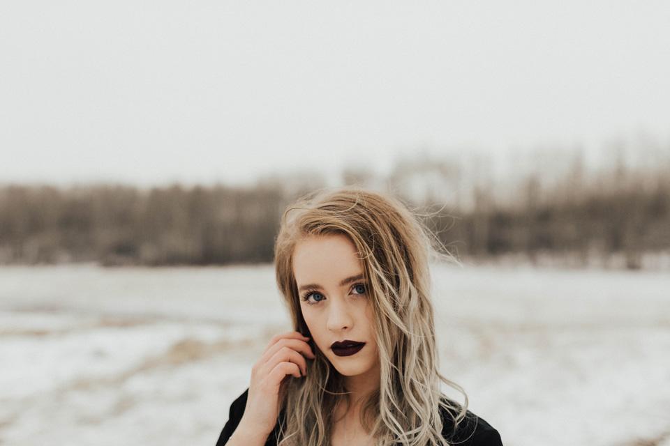 Moody Winter Bridals Edmonton Portrait and Wedding Photographer - Michelle Larmand Photography -013
