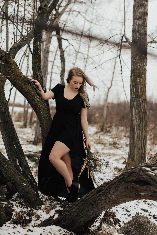 Moody Winter Bridals Edmonton Portrait and Wedding Photographer - Michelle Larmand Photography -030