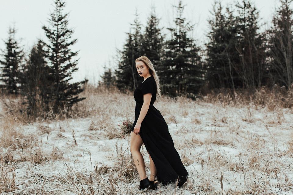 Moody Winter Bridals Edmonton Portrait and Wedding Photographer - Michelle Larmand Photography -035