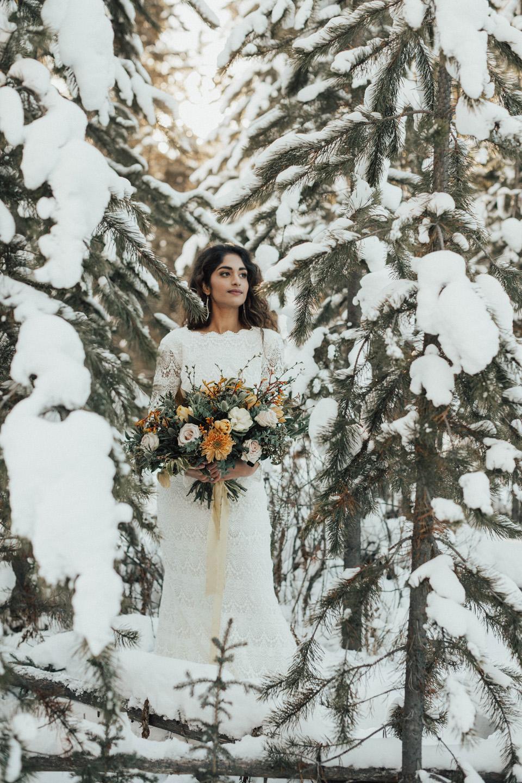 Winter Mountain Bohemain Bridal Inspiration - Michelle Larmand Photography - Banff Wedding Photography -034