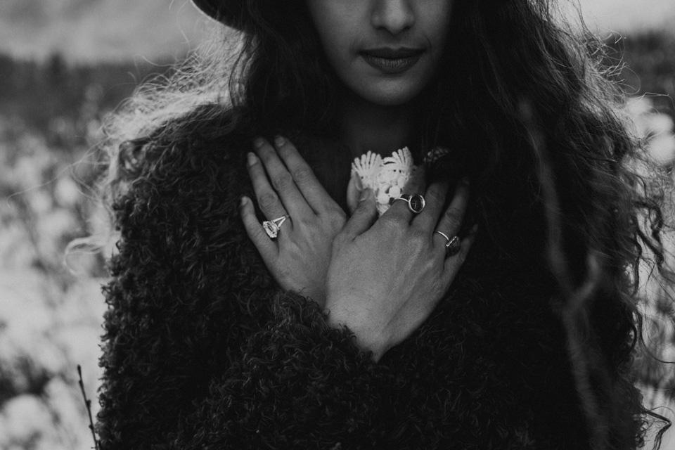 Winter Mountain Bohemain Bridal Inspiration - Michelle Larmand Photography - Banff Wedding Photography -046