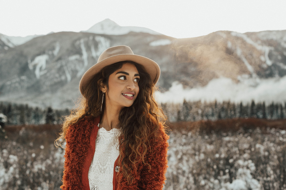 Winter Mountain Bohemain Bridal Inspiration - Michelle Larmand Photography - Banff Wedding Photography -050