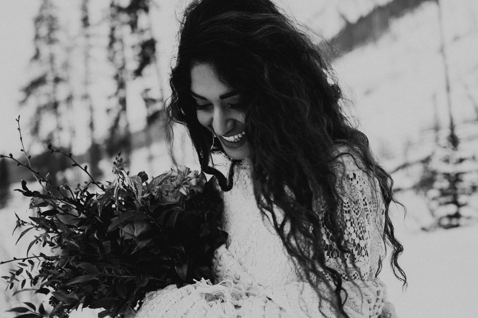 Winter Mountain Bohemain Bridal Inspiration - Michelle Larmand Photography - Banff Wedding Photography -059