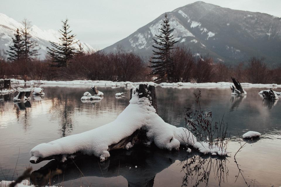 Winter Mountain Bohemain Bridal Inspiration - Michelle Larmand Photography - Banff Wedding Photography -062