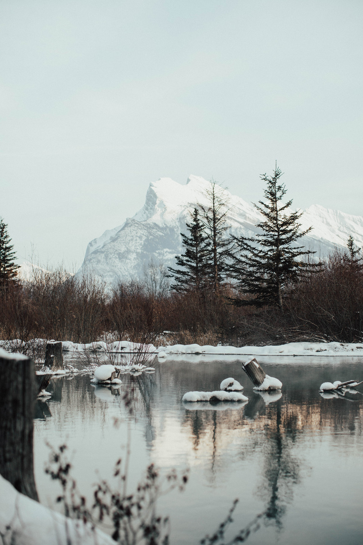 Winter Mountain Bohemain Bridal Inspiration - Michelle Larmand Photography - Banff Wedding Photography -079