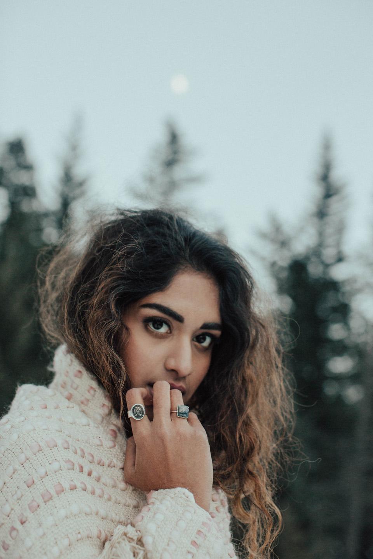 Winter Mountain Bohemain Bridal Inspiration - Michelle Larmand Photography - Banff Wedding Photography -089
