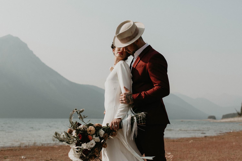 banff-elopement-photography-008.jpg