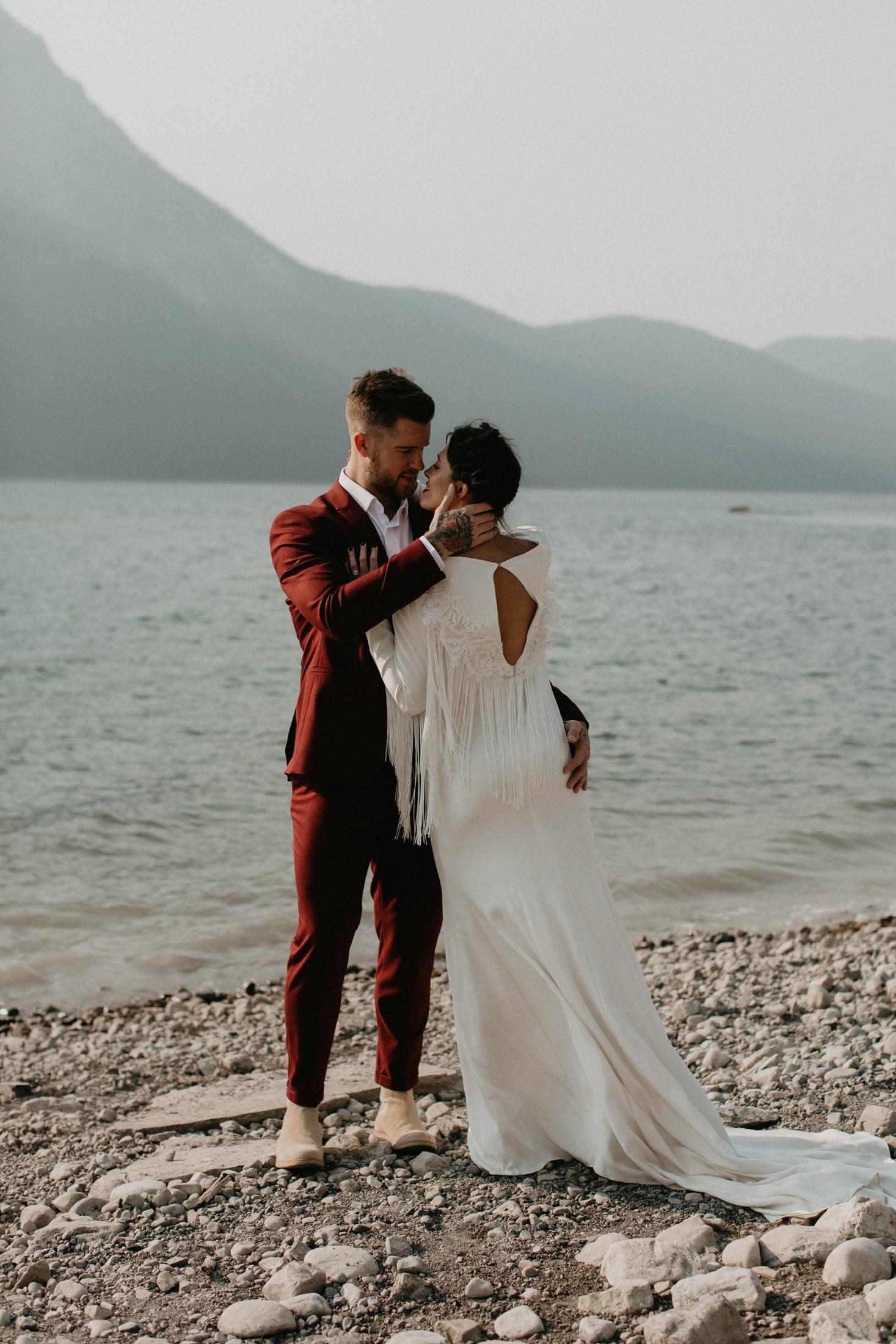 banff-elopement-photography-018.jpg