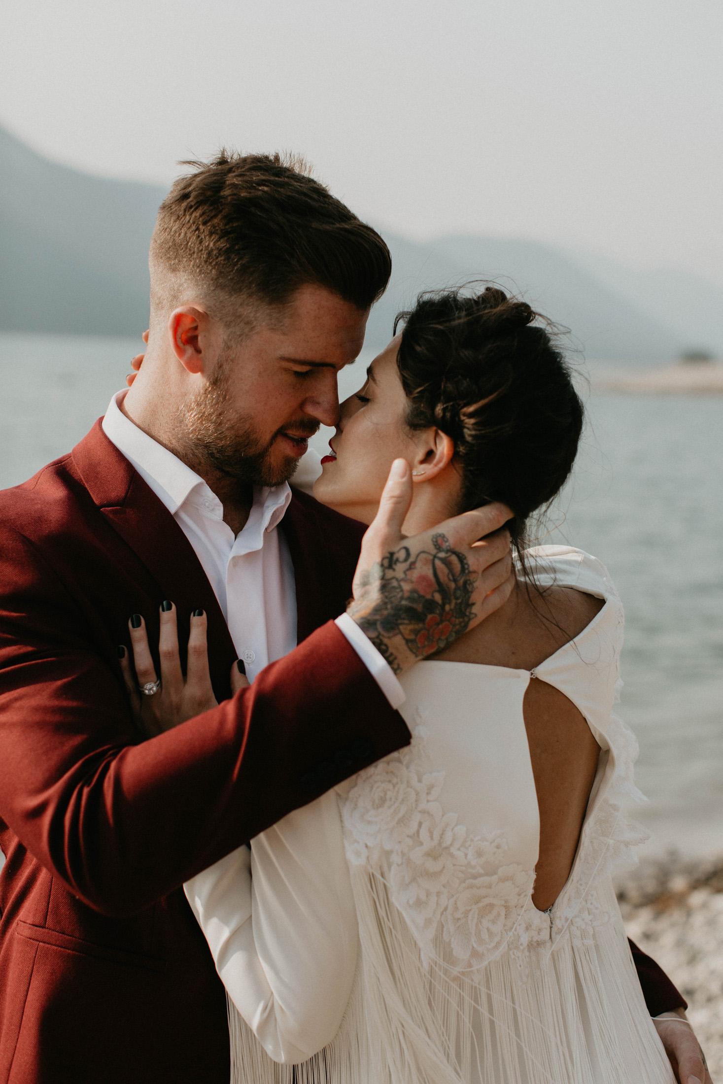 banff-elopement-photography-019.jpg