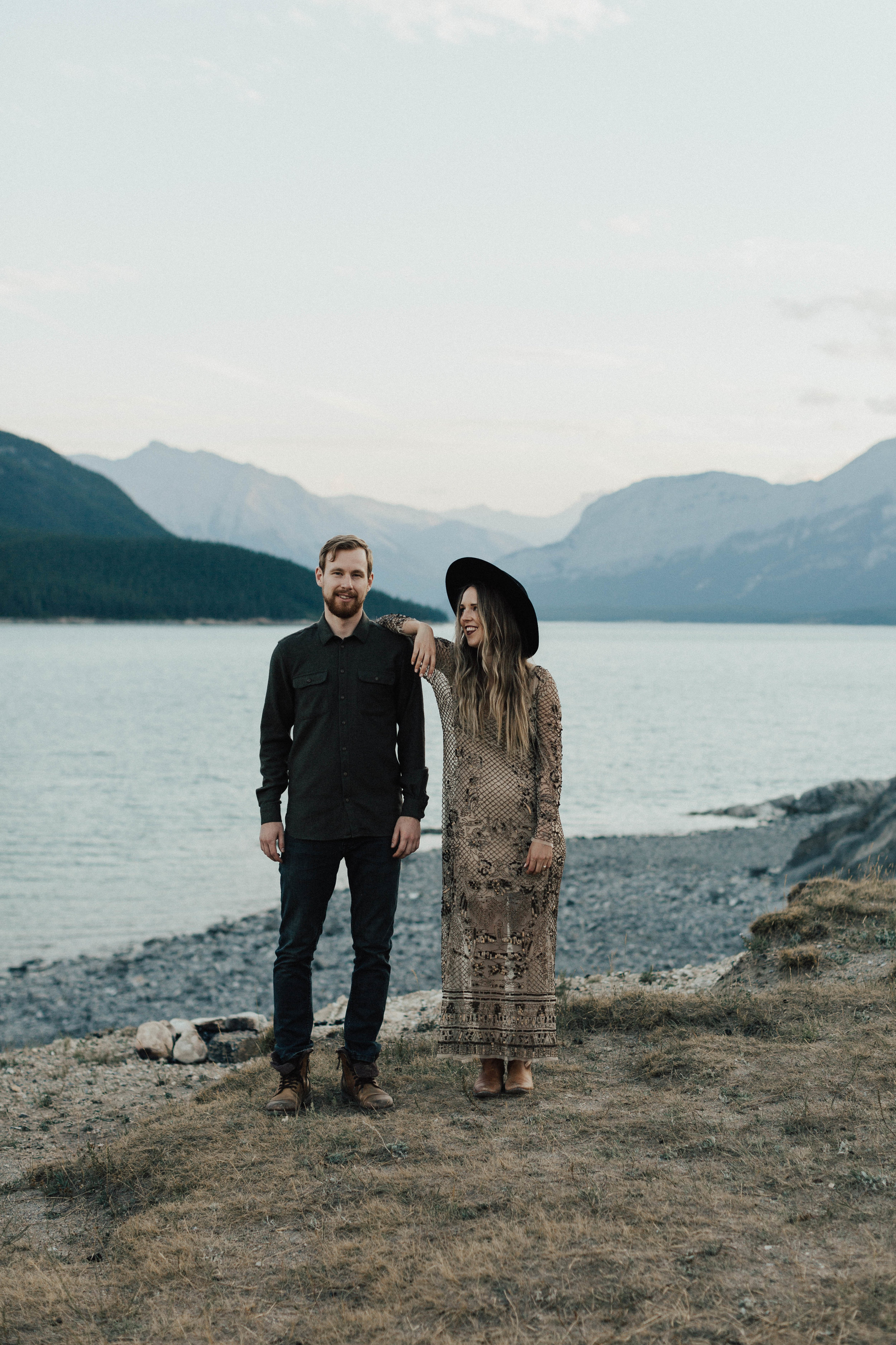 Outdoor engagement session in Banff by Michelle Larmand Photography