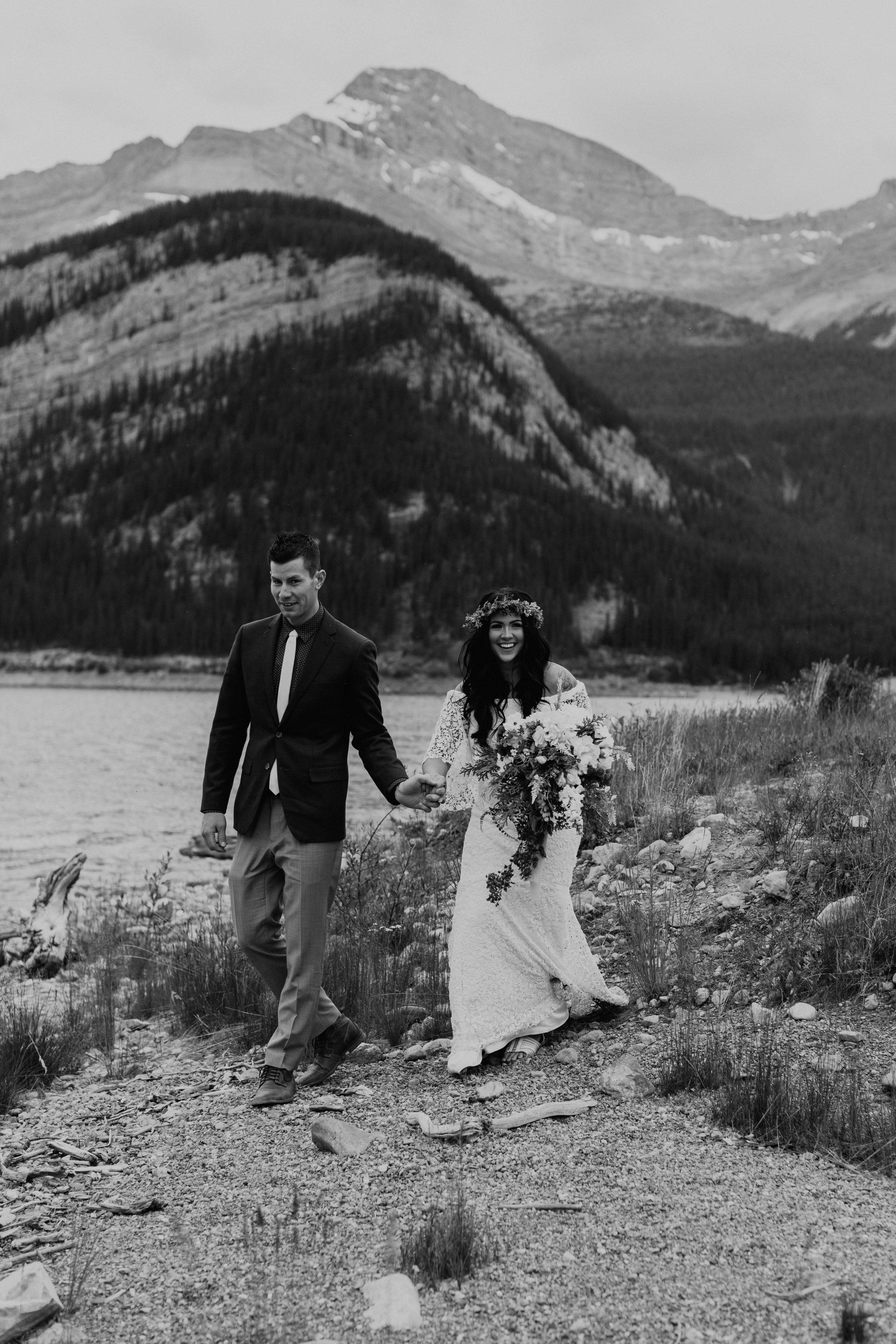 alberta-boho-wedding-31.jpg