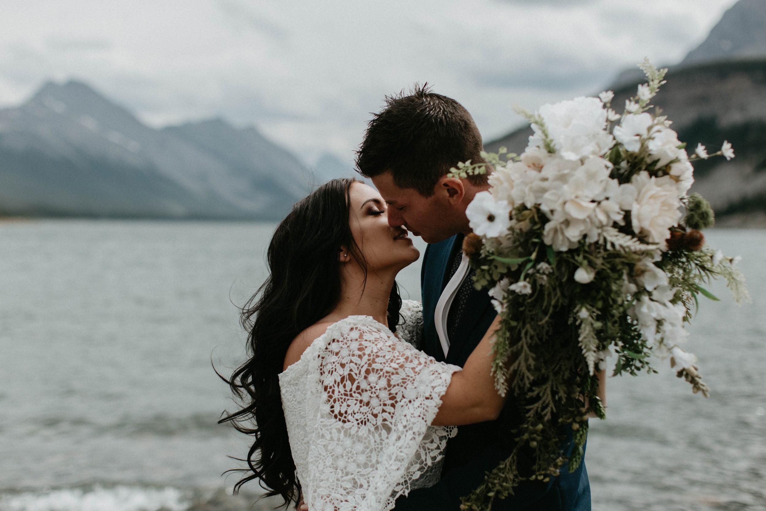 alberta-boho-wedding-40.jpg