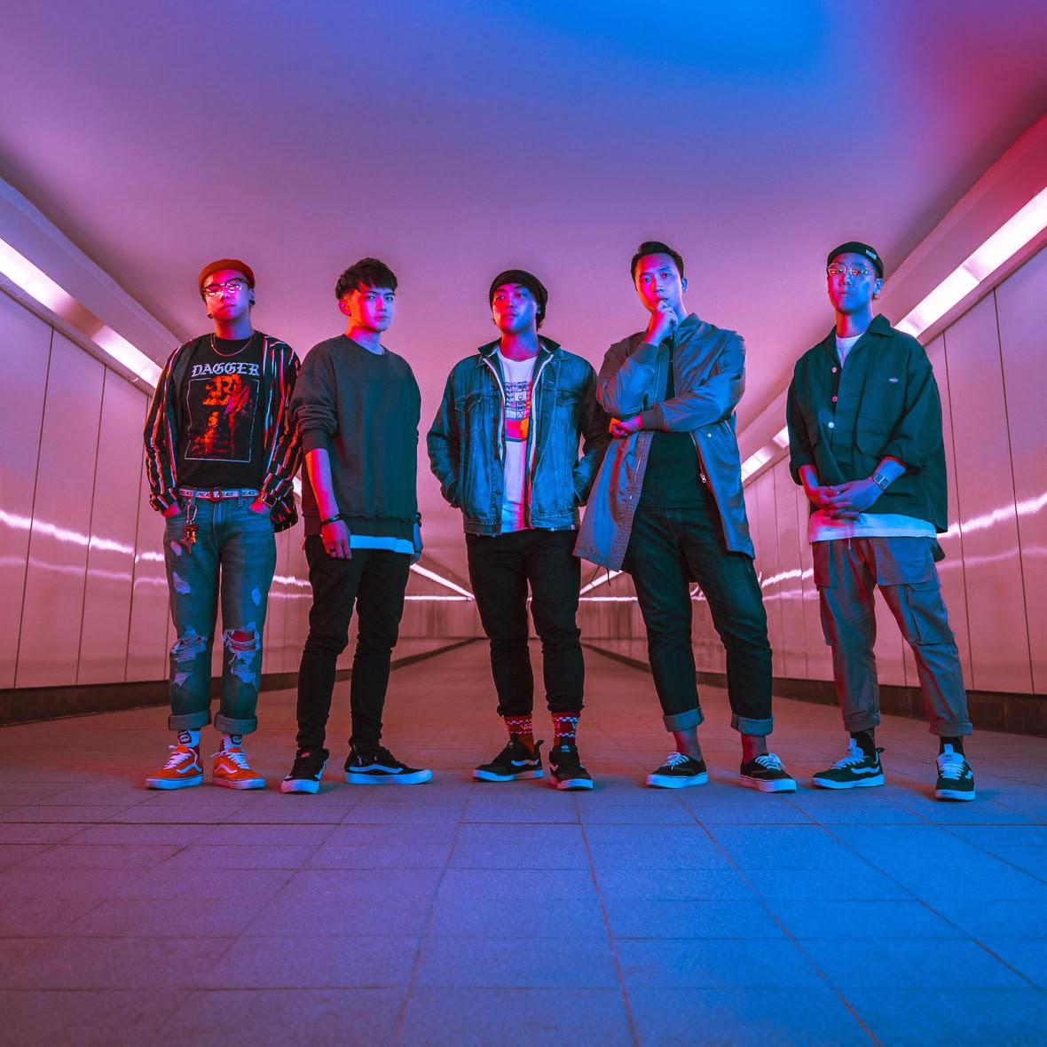 Seasons for Change are :  Kenta D. Mitsuhashi - Lead Vocal  Kulo Ming - Drums  Dennis Ho - Guitar/Backing Vocal  Wan Tsz Ching – Bass  Don Chan – Guitar