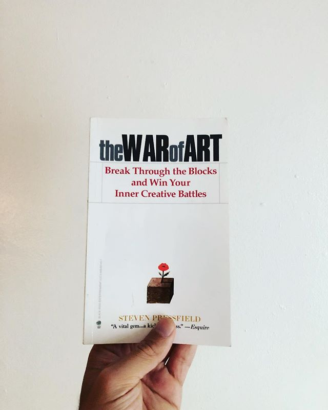 The War of Art is a great source for writers and creatives in general. Steven Pressfield's book focuses on one of the greatest obstacles of the creative process: RESISTANCE. Have you ever found yourself coming up with a number of reasons not to start or complete an artistic project? I don't have enough time. Or money. This thing I'm doing sucks and everyone will hate it. The competition is unfair and a regular Jane/Joe with no connections like myself will never make it? Well, that's Resistance speaking. Resistance is that inner voice that keeps you from doing what you're supposed to do by talking to your weaknesses and insecurities. Sounds familiar? Check out Steven Pressfield's The War of Art and share your thoughts with us!