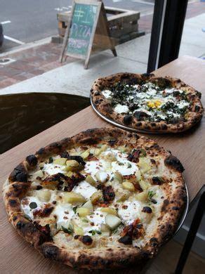 mashedpotato pizza.jpg