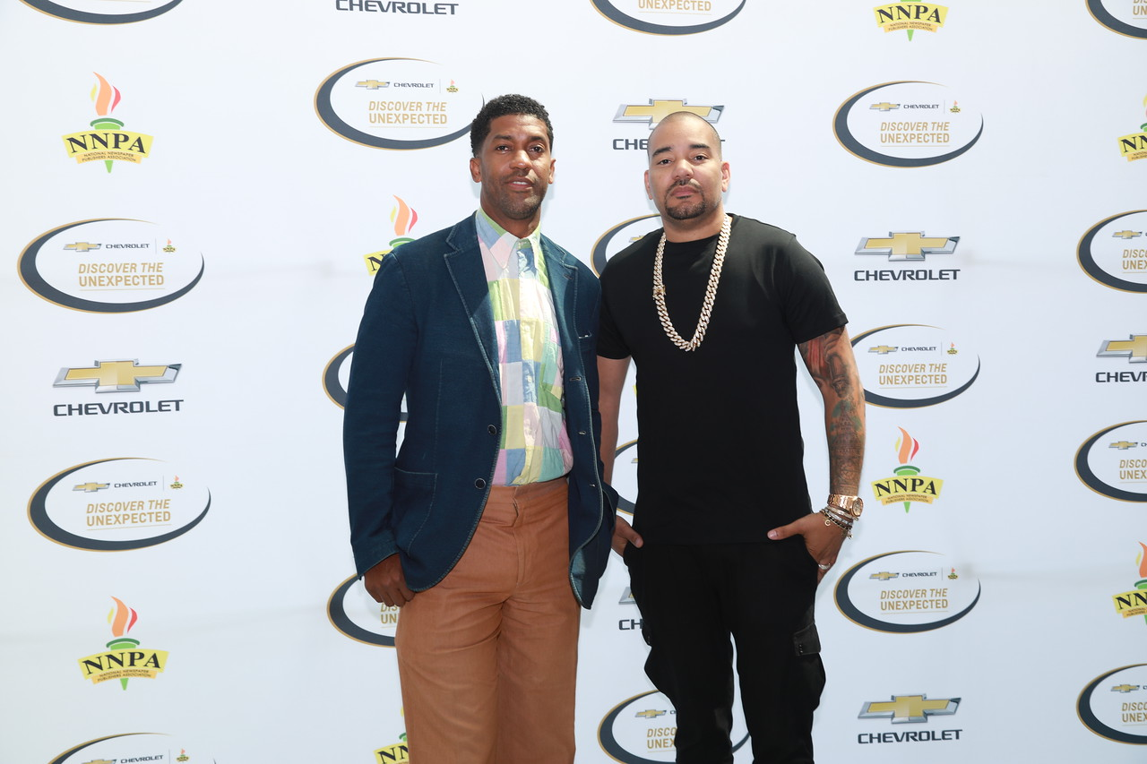 (pictured left to right) The 2019 Chevrolet Discover the Unexpected Advisor Fonzworth Bentley and Ambassador DJ Envy. During this 8-week program, these two gentlemen served as mentors to six HBCU aspiring journalists.