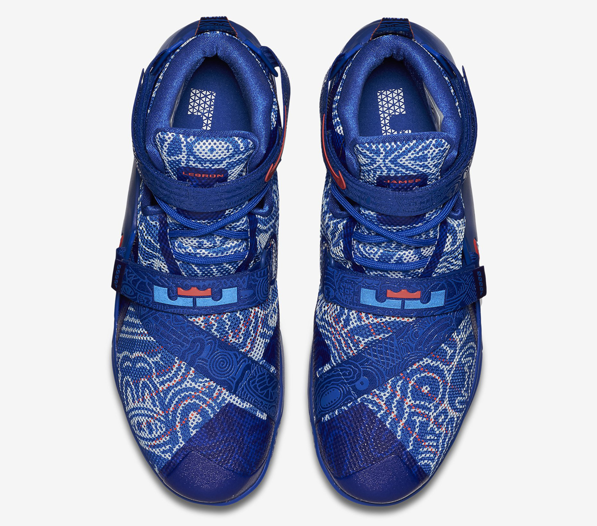 blue-freegums-nike-lebrons-03.jpg