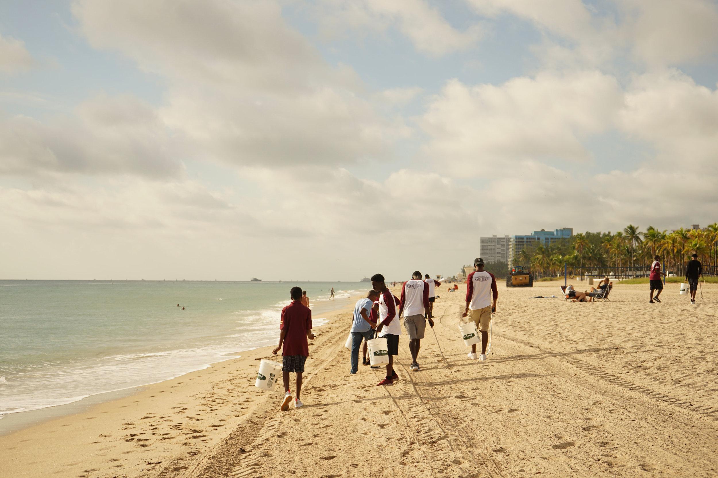 Beach cleanup4.jpg