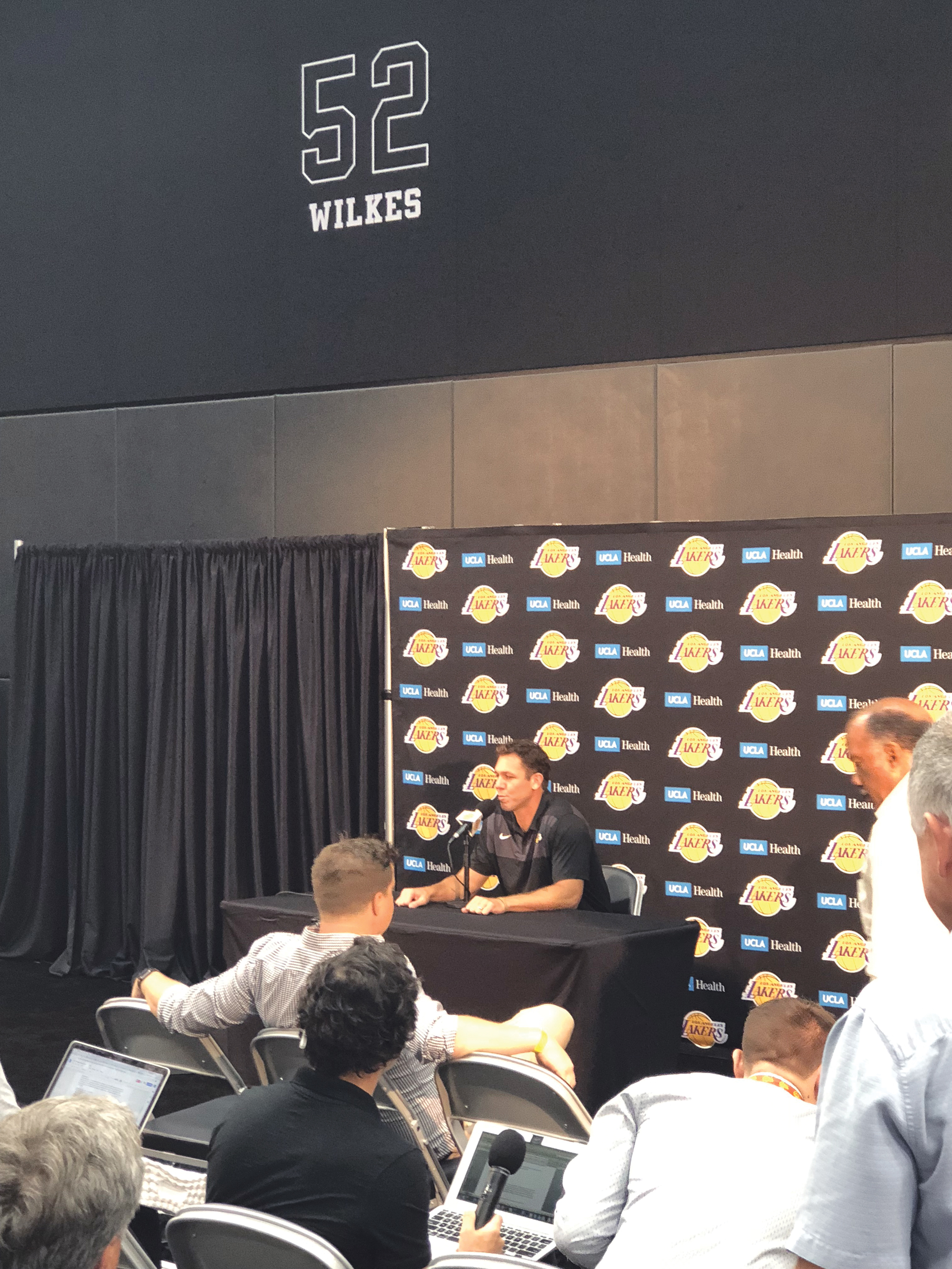 Lakers coach Luke Walton taking questions at Media Day. (Los Angeles News Observer photo)