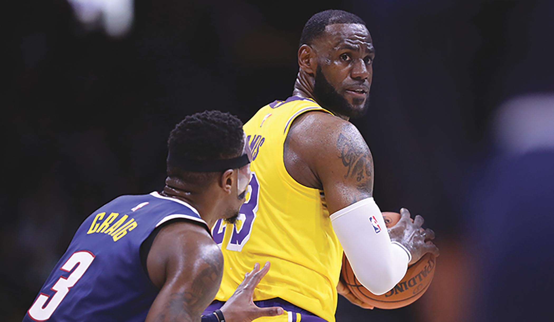 LeBron debuts new Laker Jersey in San Diego (Ty Nowell- lakers.com)
