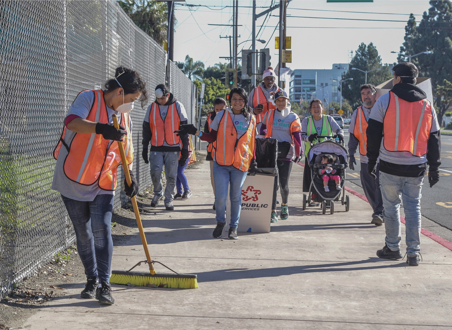 Best Start Watts Willowbrook Hosted a Community Pride and Beautification Day pic 2.jpg
