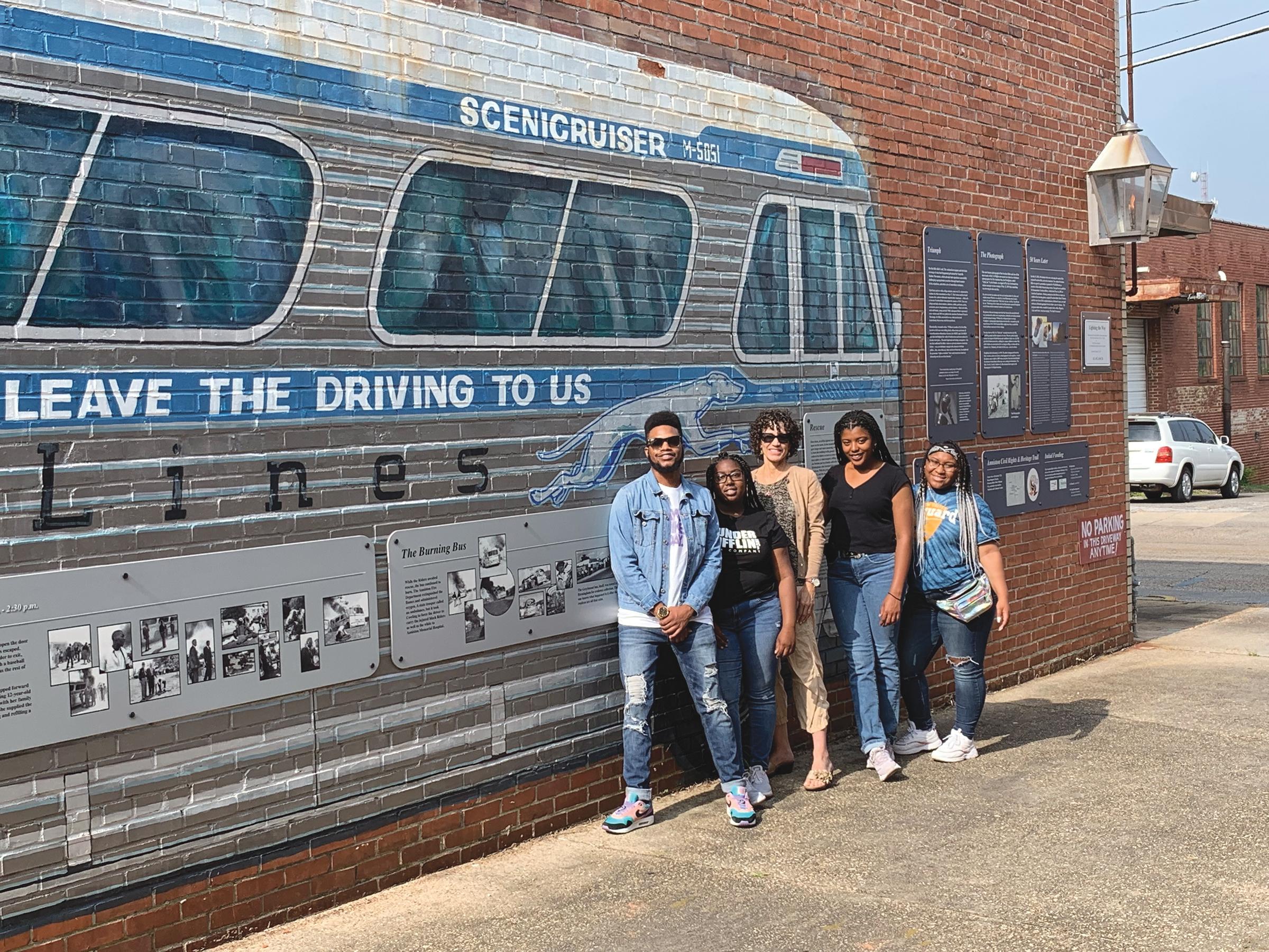 Anniston Bus attack mural. (Dr. Paula L. Parks photo)