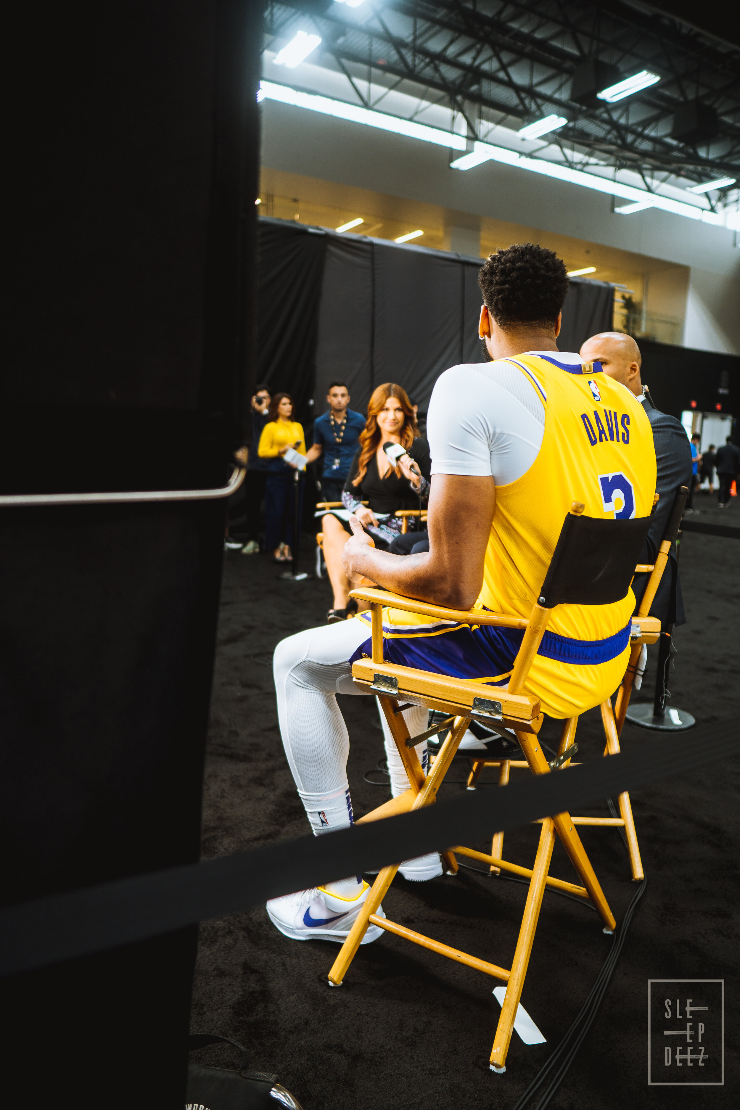 """Lakers biggest summer acquisition Anthony Davis sits down on ESPN's """"The Jump"""" with Racheal Nichols and Richard Jefferson. (Photo Credit: @Sleepvision)"""