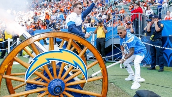 Abner Mares was the honorary firer kicking off the LA Chargers games vs the Denver Broncos recognizing Hispanic Heritage Month. (Courtesy Photo)