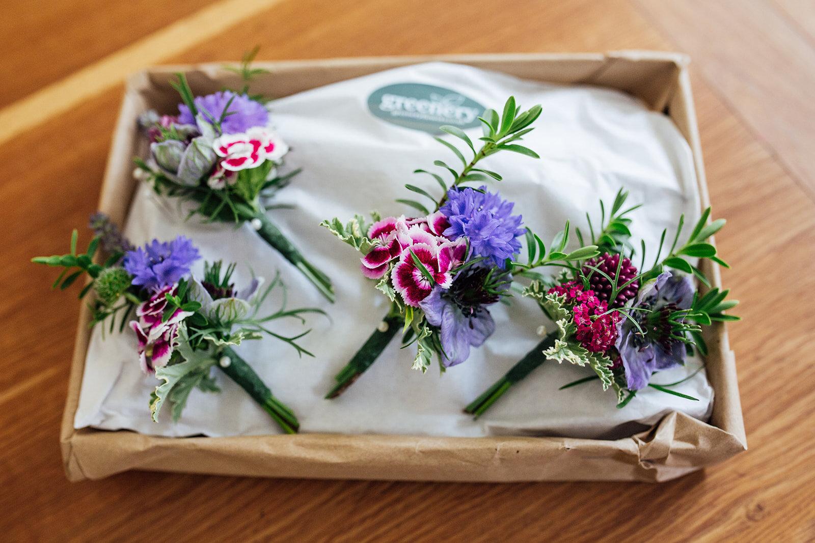 buttonholes in box.jpg