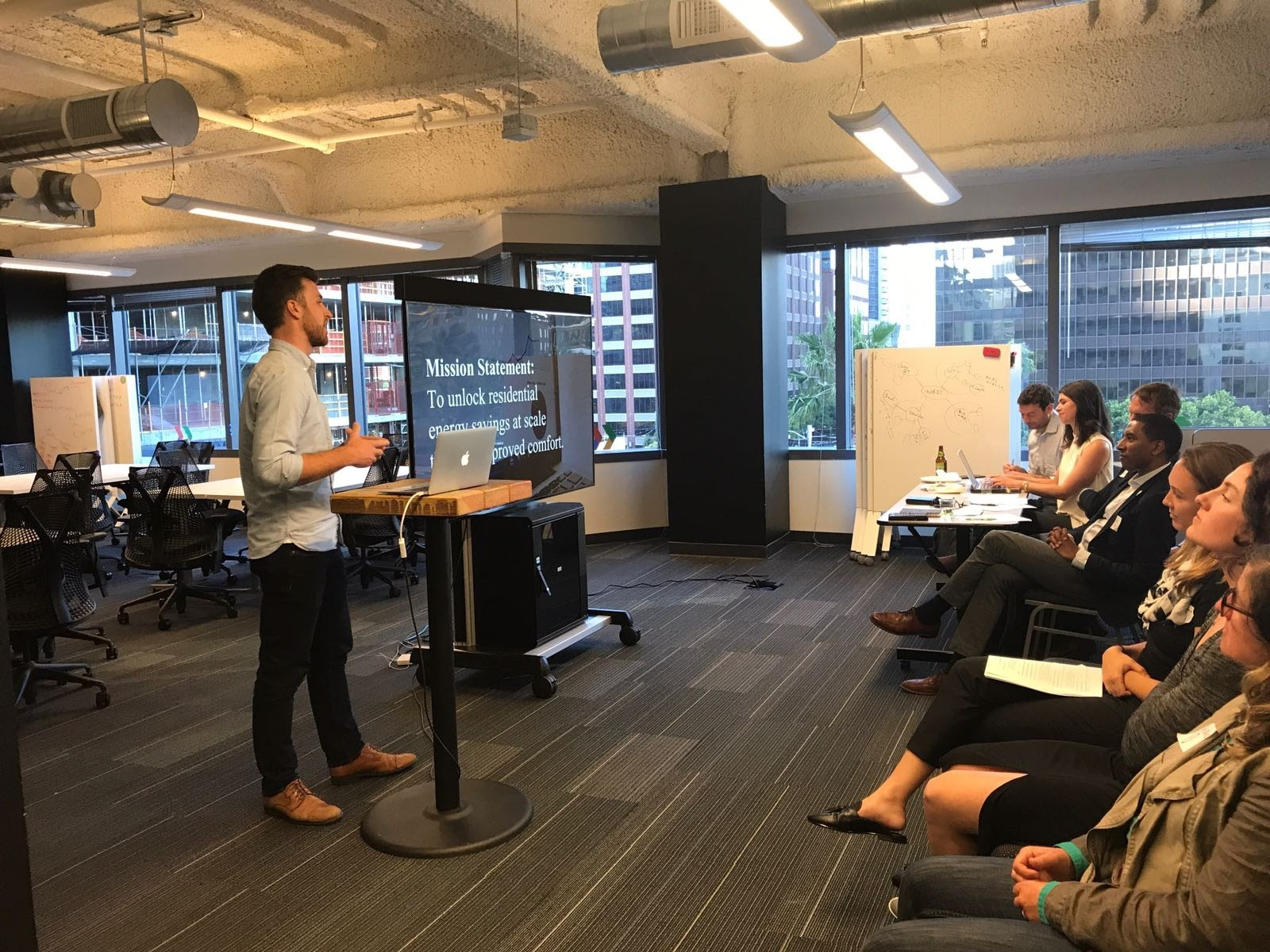 Nate pitching Cozee during the SF Spring 2017 Fellowship Business Pitch Night