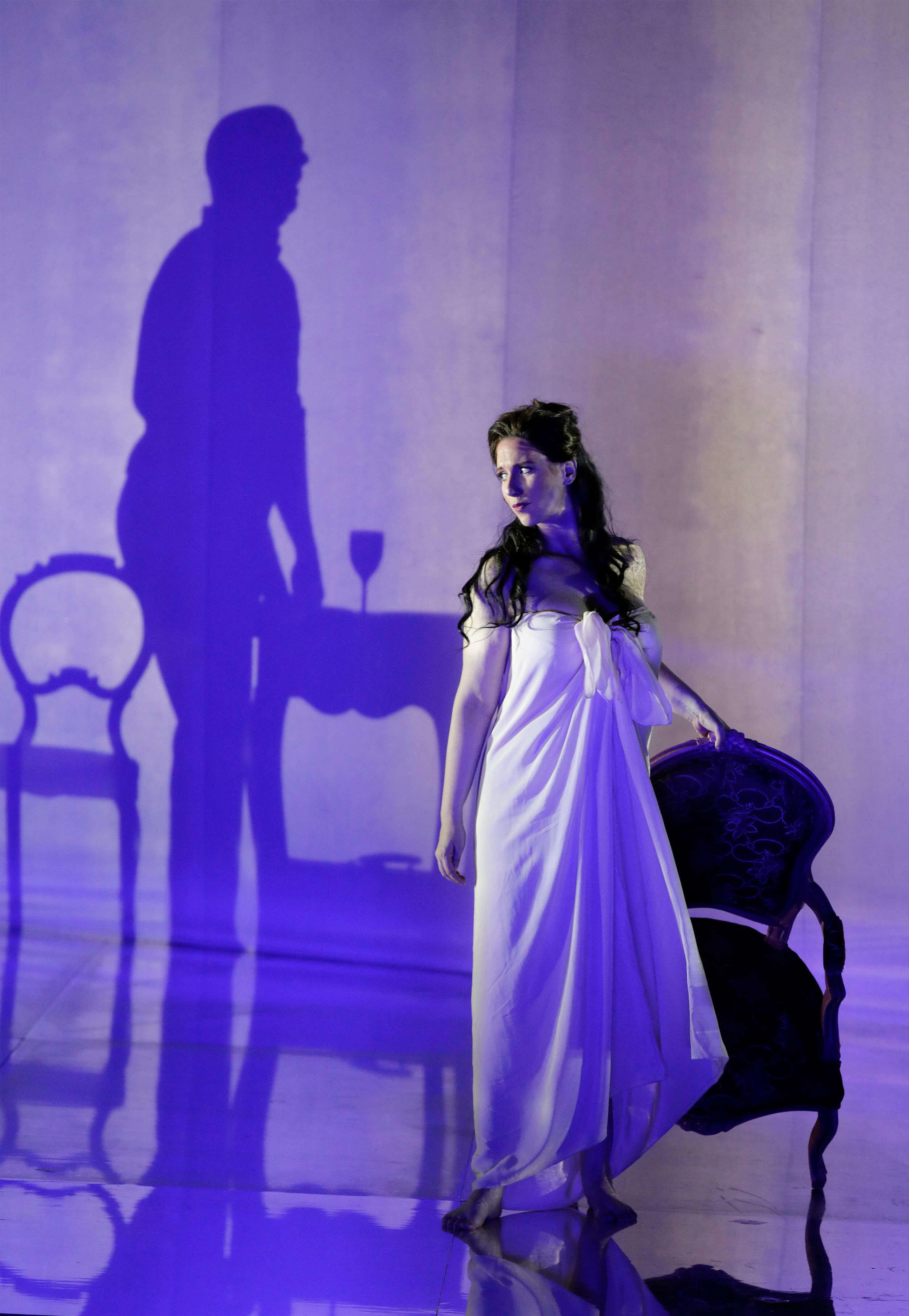 Photo Credit: Cory Weaver    Manon- SF Opera