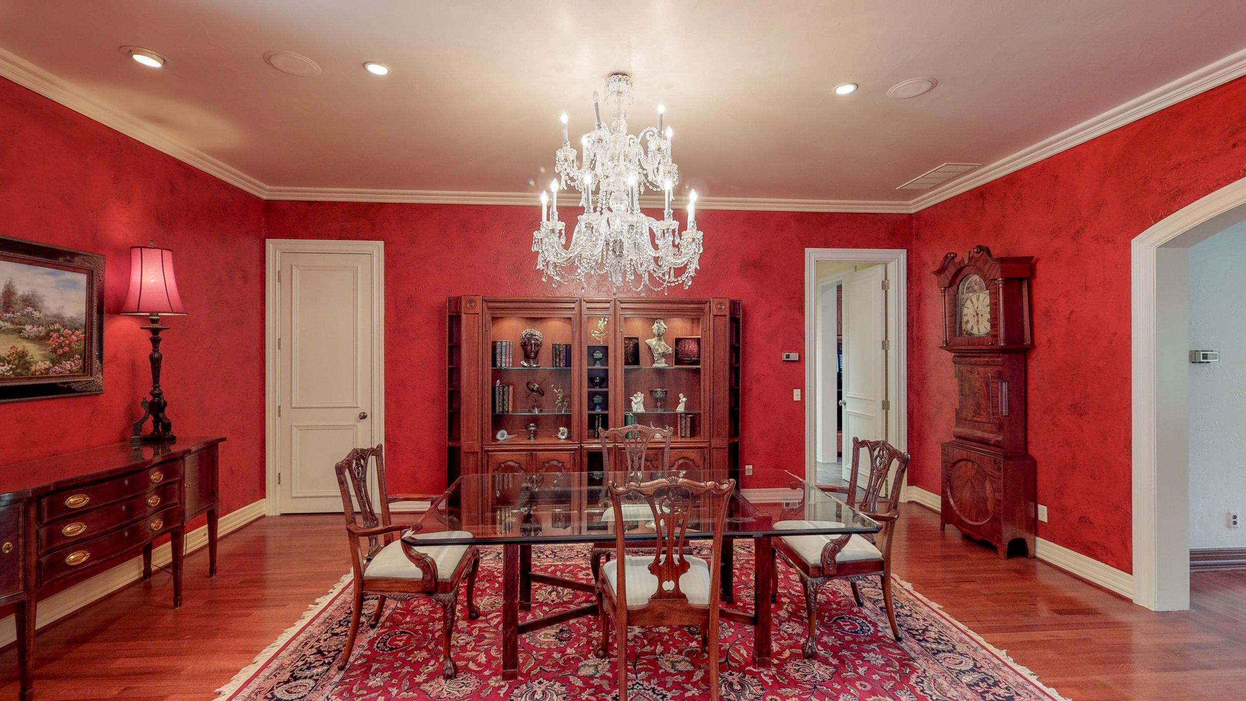 Formal Dining Room-4.jpg