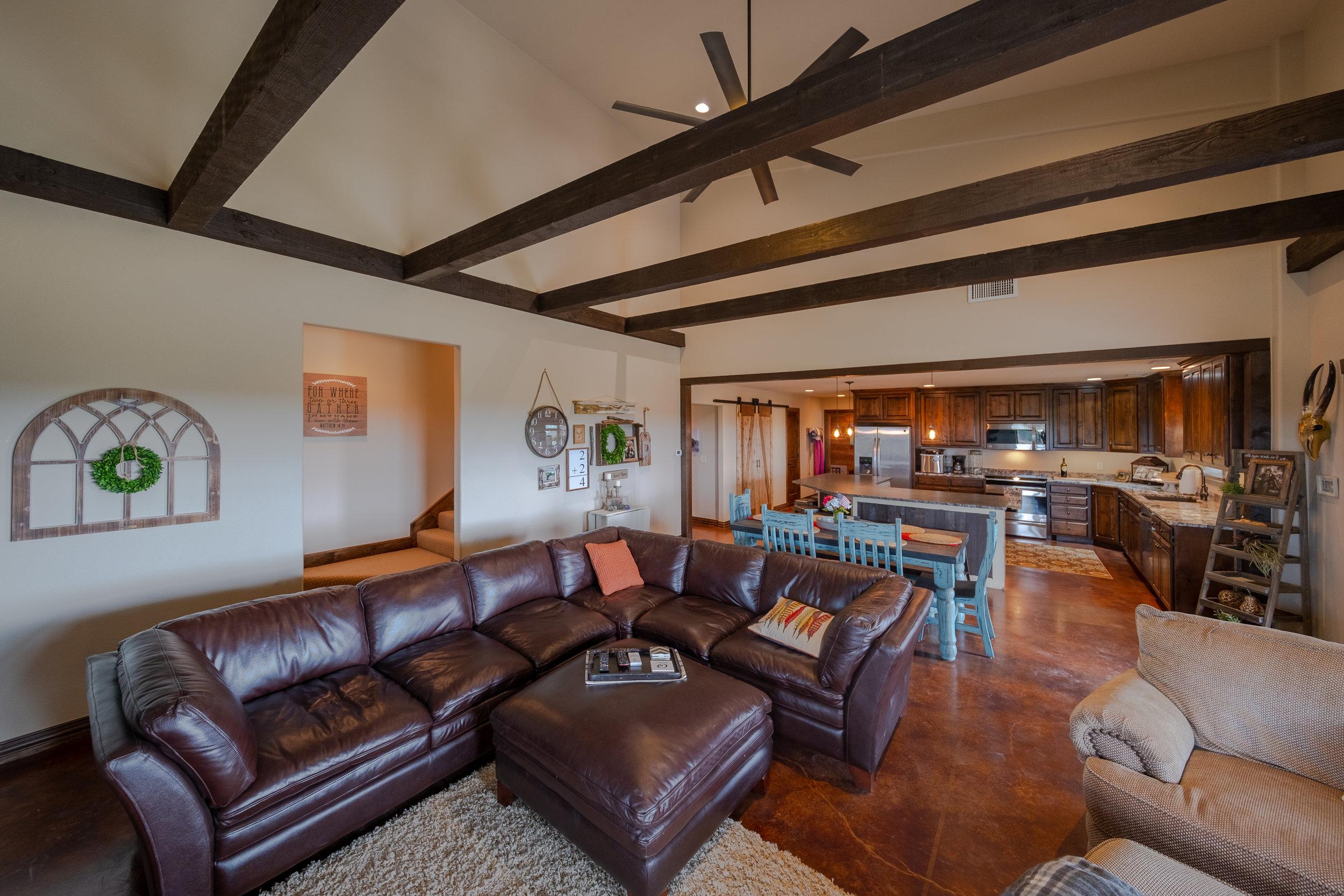 Living Area-3.jpg